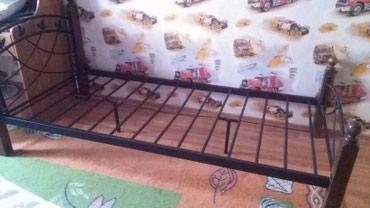 Кровать малазийскаЯ. с матрацом 5 тыс,без матраца 3 тыс в Бишкек