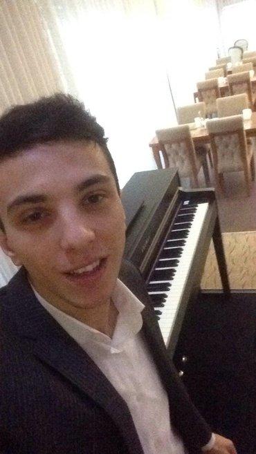 Bakı şəhərində otel ve restoranlarda pianist işi axtarıram
