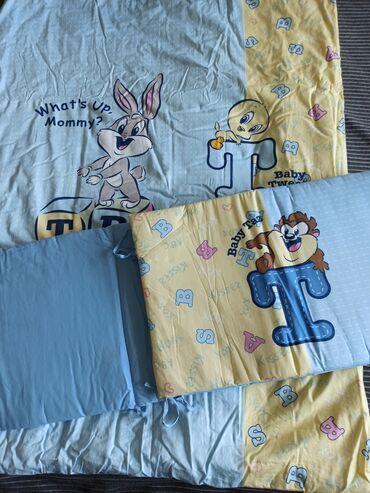 Продаю бортики для детской кроватки и одеяло 1х1,5 новые