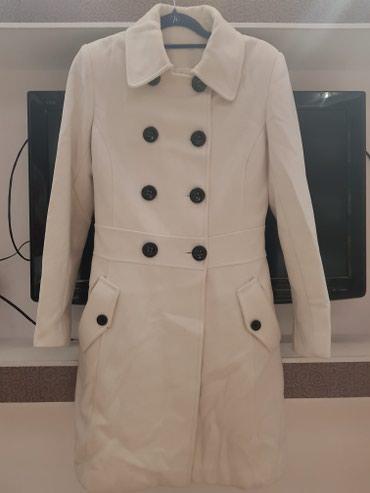 Демисезонное пальто, в хорошем состоянии.Размер 42-44 пр-во Турция