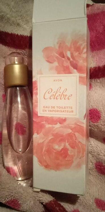 Nov parfem izvadjen iz kutije za slikanje