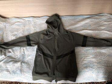 dzhinsy optom i v roznicu в Кыргызстан: Продаю оригинальную спортивку Li-ning размер М, носил 1 раз (причина