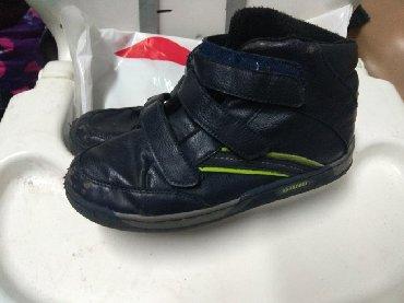 замшевые туфли на каблуках в Кыргызстан: Крассовки теплые 34р Отдам за 199с р-н Орто сайский рынок