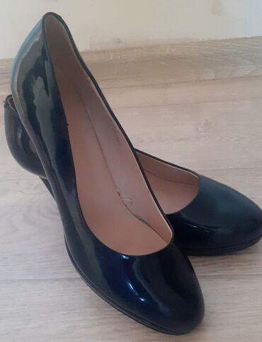 Женская обувь - Бишкек: 41р,12мкр,классные туфельки от zenden,последний размер 41,отдам дешево