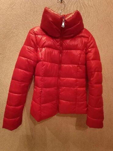 Весений куртка 2раза одета сос отличный 1100с размер на 42.44