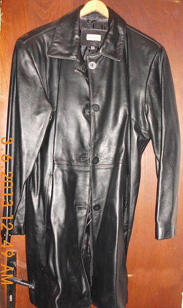 Duža crna kožna jakna, od meke kože, na kopčanje, veličina 44, domaće