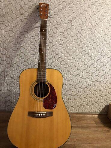 Музыкальные инструменты - Бишкек: Продаётся Акустическая гитара 41го размера.  Профессиональная гитара