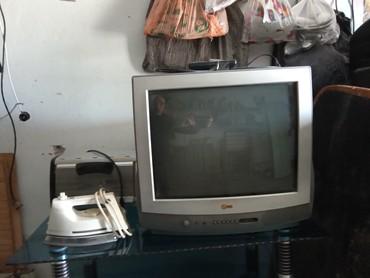 Продаю в Токмаке.телевизор LGцветной диагональ 53см в Токмак