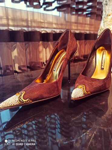 Женская обувь в Ош: Gianmarco Lorenzi итальянская кожа замш 38 стандарт размер 100% Италия