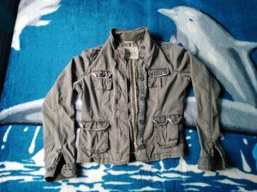 Preslatka frnsi prolecna jaknica za tinejdzerke šo ceni od 800,00 din