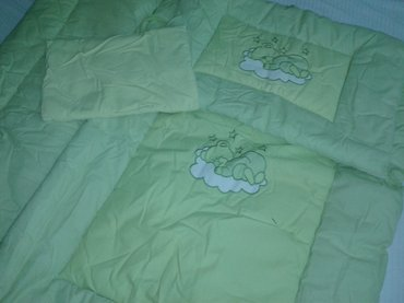 Decija univerzalna posteljina za krevetac,prelepa,topla,kao nova