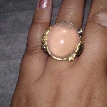 Эксклюзивное кольцо с Розовым КварцемРозовый кварц – один из тех