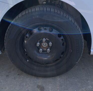 volkswagen-1 в Азербайджан: 4 eded R15 zavod diskler Volkswagen Polo 2019. Demek olar ki tezedir