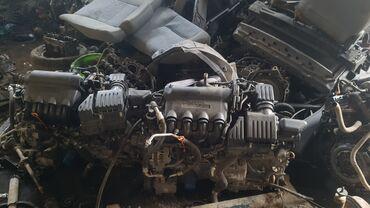 Без навесной двигатель на Honda fit 1.3  В отличном состоянии Привозно