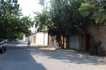 деревянная перегородка в комнате в Азербайджан: Продажа Дома от собственника: 100 кв. м, 3 комнаты