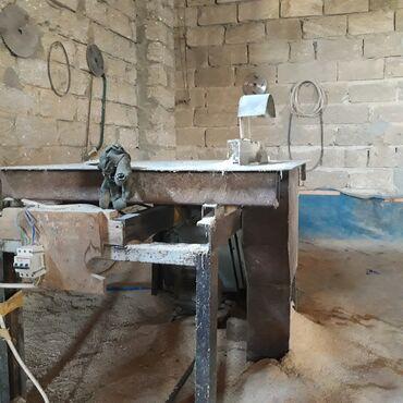 vytyazhka kukhonnaya 1000 kubov в Азербайджан: Satilir 1000 manata tecili