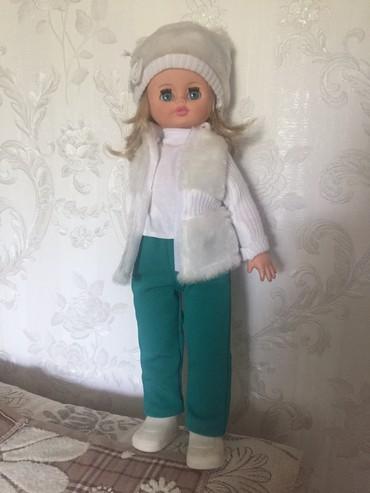 Продается кукла. Она разговаривает и ходит. в Parikkala
