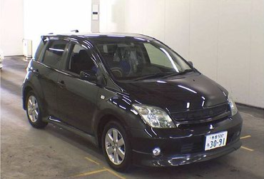 Toyota ist 2003 в Бишкек