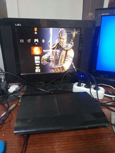 джойстики amfilm в Кыргызстан: Обмен или продажа Playstation 3 500gb прошитая 57 игр два джойстика с