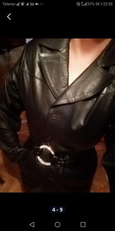 Originalni kožni mantil Malo nošen Mekan Savršeno stoji Model