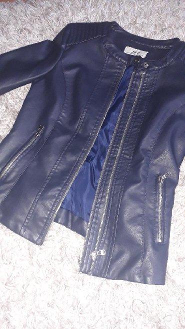Dečije jakne i kaputi   Nis: Teget kožna jakna M veličina.Nenošena