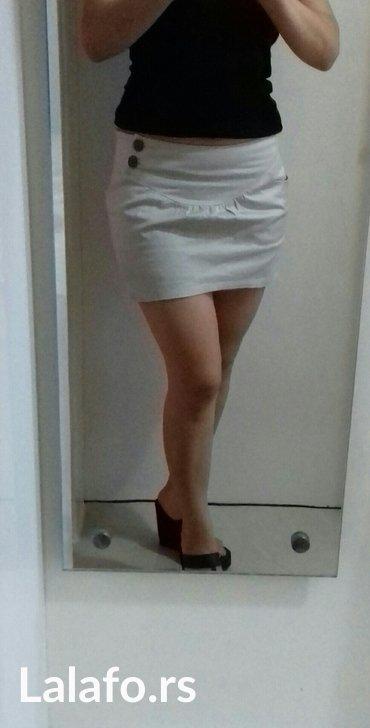 Prelepa suknjica. Kao nova. Velicina 38 - Smederevo