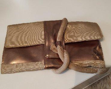 Zenska torbica sirine cm visine cm - Srbija: Milano pismo torbica, veoma atraktivna. Dužina 25 cm, visina 13 cm