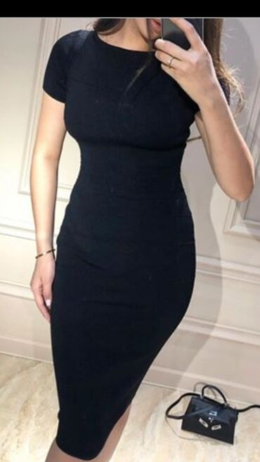 Женская одежда - Маловодное: Элегантное черное бандажное платье
