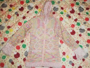 Dečija odeća i obuća - Valjevo: Džemper-jaknica za devojčice, veličina 8. Nema nikakvih oštećenja