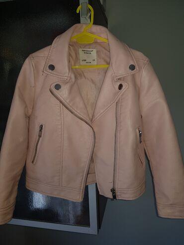 Dečije jakne i kaputi | Kovacica: Primark kozna jaknica za decojcice velicina 122 prelepa