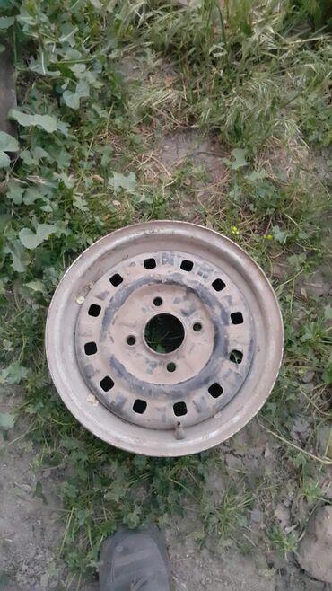 r13 диски в Кыргызстан: Продаю диски r13 на форд сиерра Ford Sierra