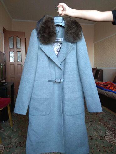 уступки будет в Кыргызстан: Зимнее кашемирове пальто со съемным песцовым воротником. производство