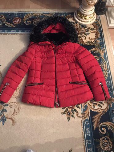 Nova top zimska zenska jakna, kapuljaca sa krznom koja moze da se skin