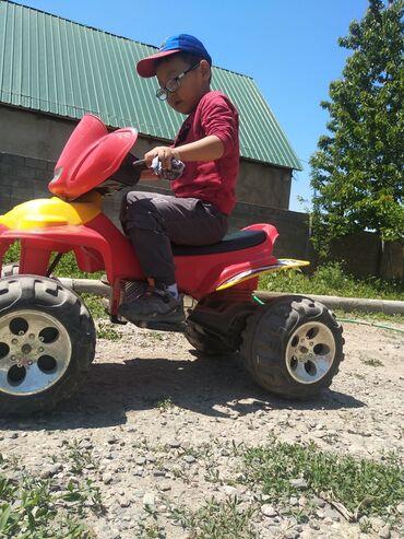 Детские электрокары - Кыргызстан: Квадроцикл, требуется замена мотора