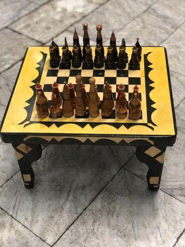 Шахматы - Бишкек: Шахматный столик (52*32) вместе с фигурками