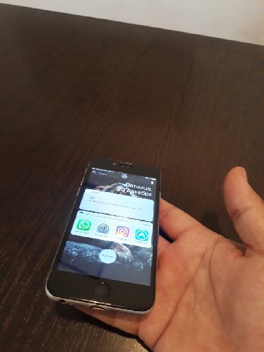 Мобильные телефоны - Базар-Коргон: Б/У iPhone 6 16 ГБ Серебристый