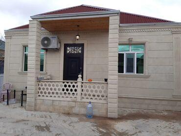 qaz satilir в Азербайджан: Zabrat 1 qəsəbəsində marşuruta yaxın, 2.2 sotun içərisində 100 kv.m, 3