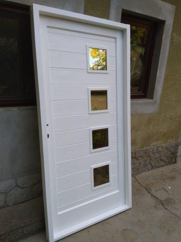 Kuća i bašta - Backa Topola: Izrada vrata na tacnu meru, od camovine u kompletu sa stokom i pragom