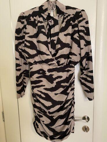 ACCESS φόρεμα. Ανοιχτό στο στήθος και στην πλάτη. Αγορά 140€ S