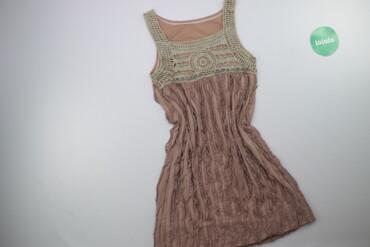 Жіноча сукня з декором р. XXS    Довжина: 83 см Ширина плечей: 30 см Н