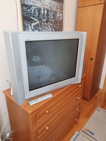 Prodajem Sony televizor, polovan u ispravnom stanju, sa daljinskim