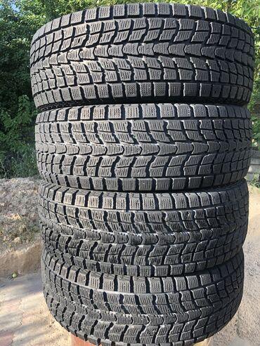 Шины для грузовиков - Кыргызстан: Зимние шины 265/65R17 Dunlop протектор 90% на Toyota 4Runner, Prato