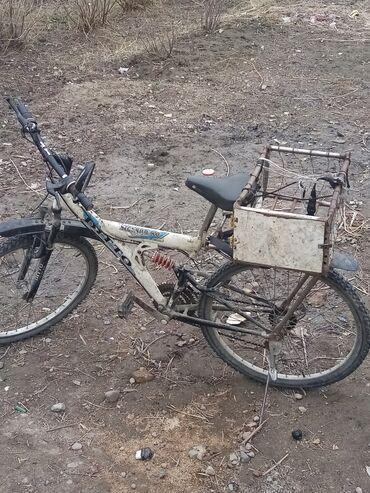 Срочно продою спортивный велосипед все подробности по номеру цена