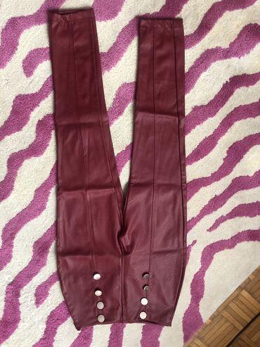 Pantalone kozne - Srbija: Crvene kozne pantalone. velicina S