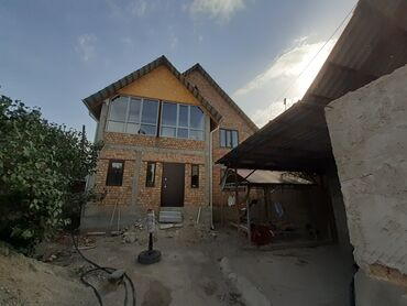Продаю дом 90% готовности, уч.6соток, во дворе еше один жилой дом