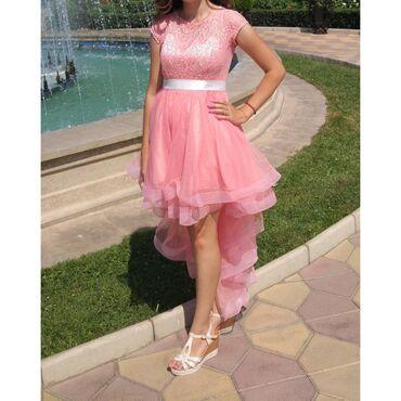 Продаю платье,размер 44-46.Одето один раз