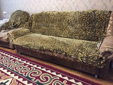 продам кресло кровать in Кыргызстан | ДИВАНЫ: Продаю б/у мебель тумба, кровать 2х спалка без матраса, стол раздвижно