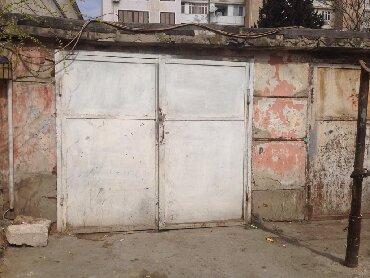 загородный дом с гаражом в Азербайджан: Ceyhunbəy Hacıbəyli 22, Bakı. Документы на гараж в наличии, есть