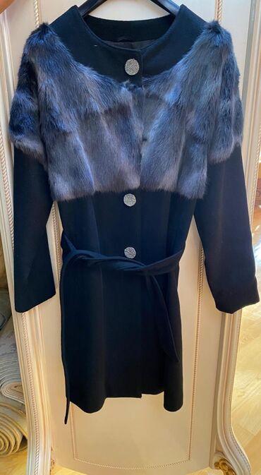 İdeal vəziyətdə olan Kaşmir palto