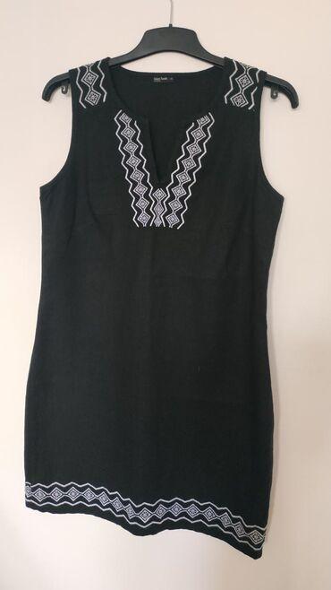 Ženska odeća   Nis: Laura Torelli, nova lanena haljina. Veličina 38/40